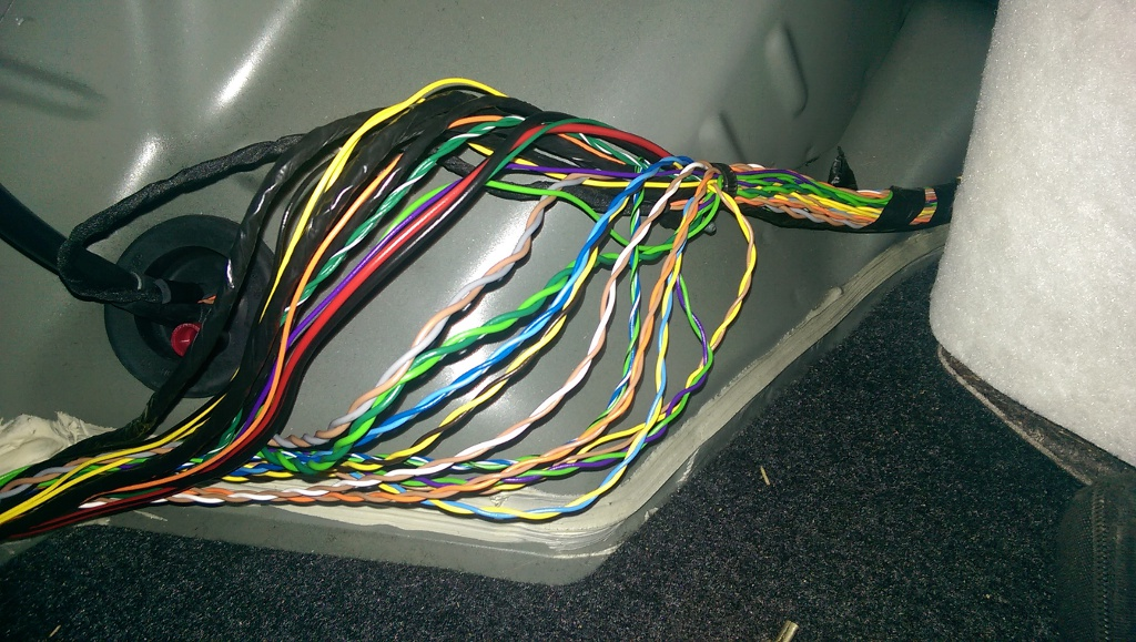 i have already identified the subwoofer wires as blue/white+green/black   can anyone help me identify the wire colors?