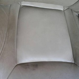 leather seat2
