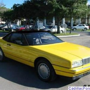 Allant 1992 - Yellow with Black Hard Top