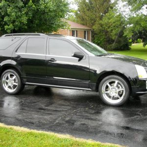 "2004 SRX V8, performance and luxury with cargo room!  All stock except for the 20"" Gianelles and E&G up front..."