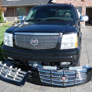 Escalade Grille Modification 2010 002 (Medium)