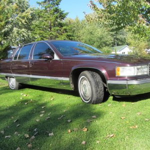 1994 Cadillac Fleetwood with 180000kms.