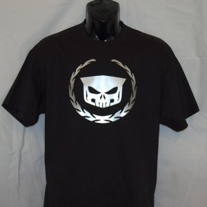 Wreath & Skull Organic T  http://8thdaycreations.com/products-page/automotive/wreath-and-skull-t/